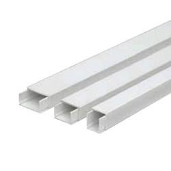 Canaleta adhesiva c/tapa 16x16mm x 2mt