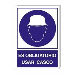 Cartel obligatorio usar casco 30x21